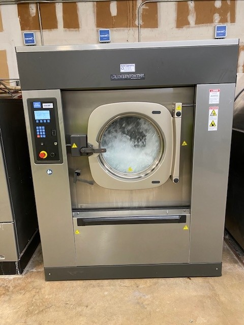 7 Benefits of Having an On-Premise Laundry Equipment